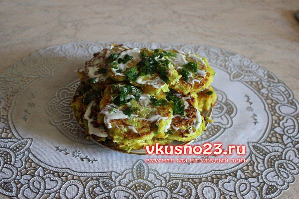 kartofelno-kabachkovie-oladi-1-1024x682-1418582